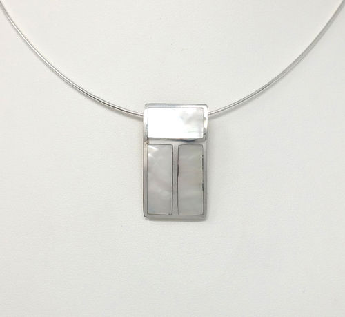 PENDENTIF NACRE BLANCHE RECTANGLE TRAITS ARGENT